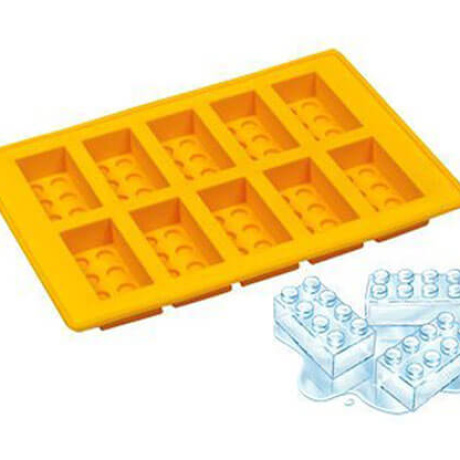 8 Funny and Creative Ice Cube Trays